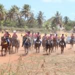 CAVALEIROS E AMAZONAS PARTICIPAM DA 6ª CAVALGADA COM MARIA EM NÍSIA FLORESTA