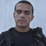 DIRETOR LEVA PEDRADA DURANTE REBELIÃO EM ALCAÇUZ