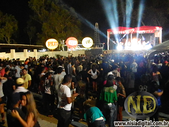 FOTOS DA FESTA DA VAQUEJADA DE NÍSIA FLORESTA COM FARRA DE RICO