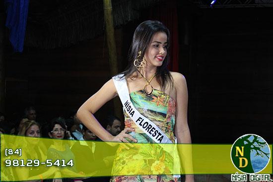Emilly Nascimento Miss Nísia 2015